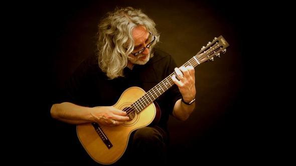 Guitarist Gordon Giltrap Photo © Paul Brett